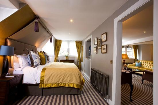The Torridon: 1887 suite bedroom