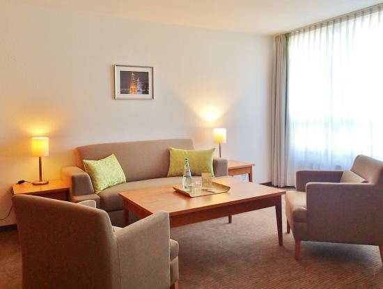 Mingarden Hotel : Wohnbereich Suite