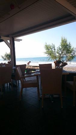 Eanthia Village: Udsigt fra restauranten