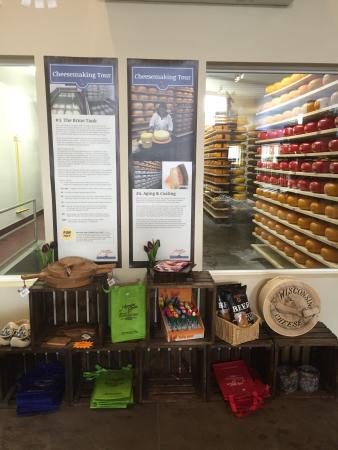 Thorp, WI: Holland's Family Cheese