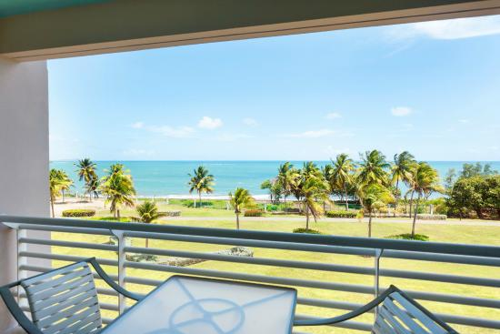 Hilton Ponce Golf & Casino Resort: View from Ocean Tower Room