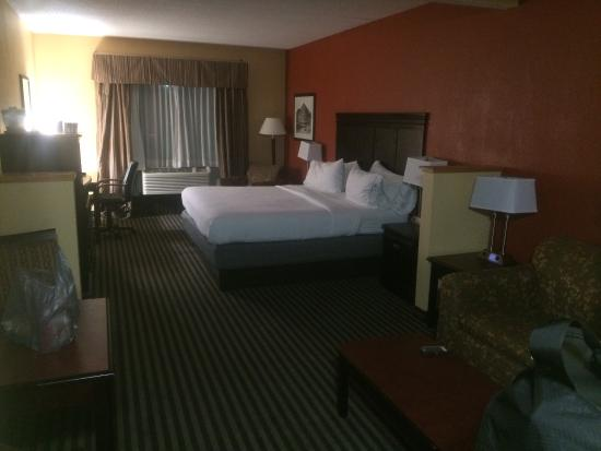 Holiday Inn Express Hotel & Suites Hillview: photo0.jpg