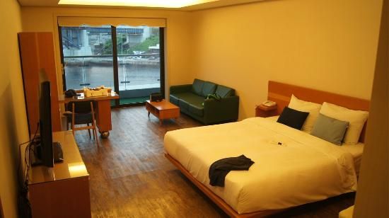 Tongyeong Geobukseon Hotel
