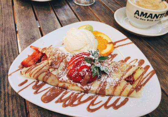Cupz 'N' Crepes: Strawberry Crepes and Strawberry Pancakes
