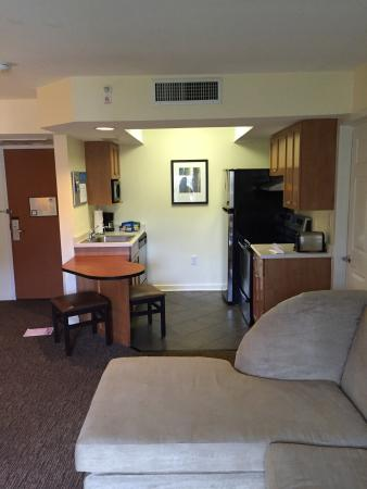 HYATT house Miami Airport : photo6.jpg