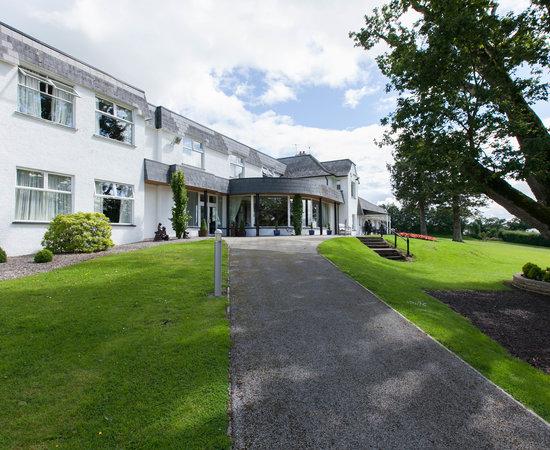 killyhevlin lakeside hotel lodges au 203 2019 prices. Black Bedroom Furniture Sets. Home Design Ideas