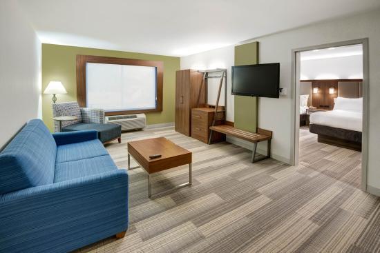 Holiday Inn Express Woodbridge