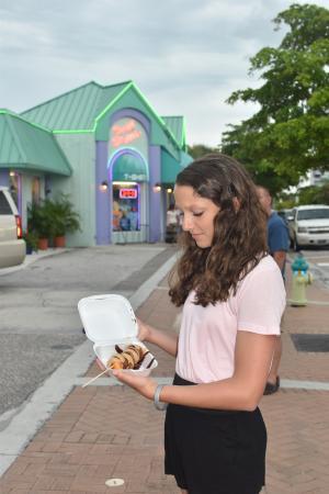 Siesta Key Village: Mini Donuts