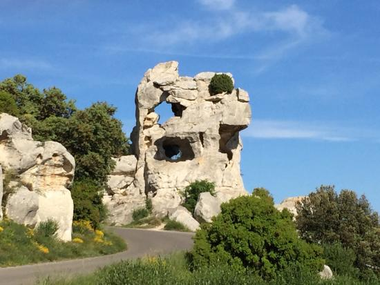 Chateau des Baux de Provence: Parc Regional des Alpilles - picnic spots and Vel D'Enfer (Valley of Hell)