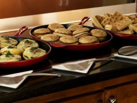 Englewood, CO: Breakfast Sandwiches-AM Skillet