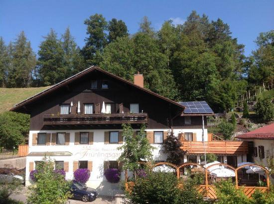 Hotel Fruhlingsgarten : Frontansicht unseres Restaurant Hotel Frühlingsgarten