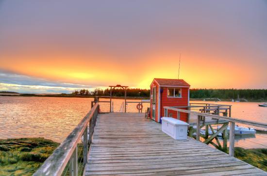 Sebasco Estates, ME: Sunset on the docks