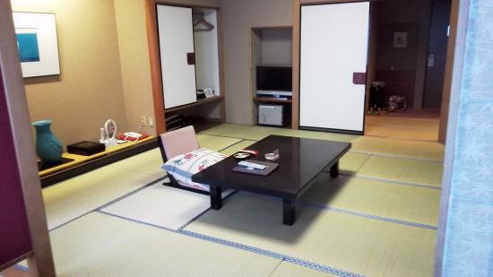 Hizenya Daishizen : 房間內 (二)