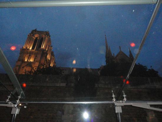 ปารีส, ฝรั่งเศส: Bateaux parisiense