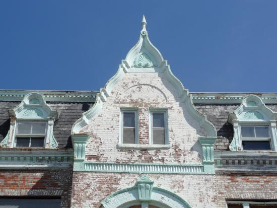 Museum Hill Historic District: Victorian House