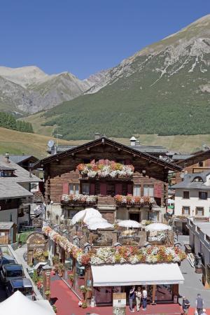 Hotel Camana Veglia: In mezzo alle montagne