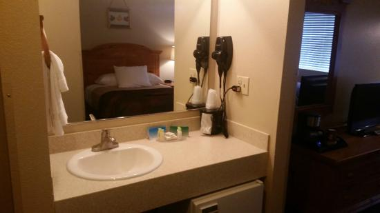 Vanity Picture Of Lakeshore Inn Suites Anchorage