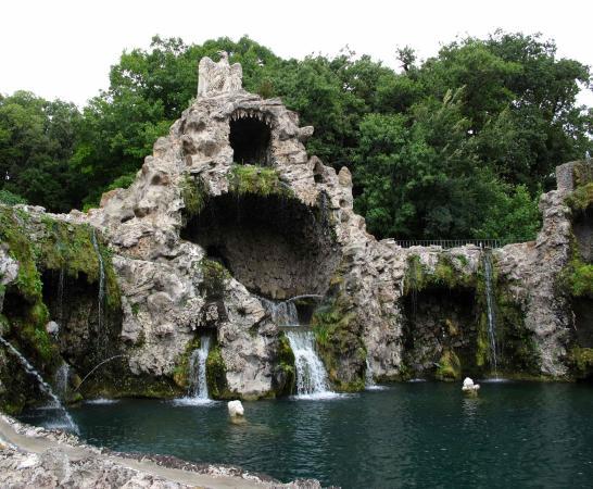 Storiaviva Viaggi: Giardini vaticani: Fontana dell'aquilone