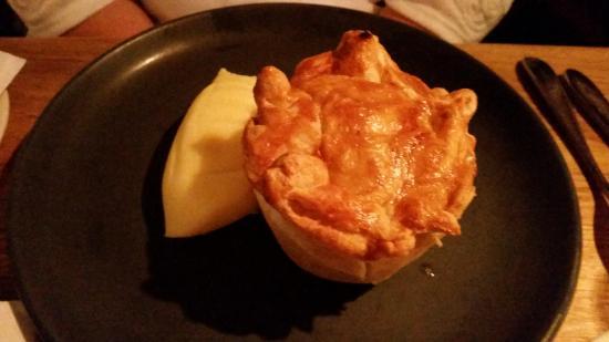 Paxford, UK: Chicken and Mushroom Pie with Creamy Mash