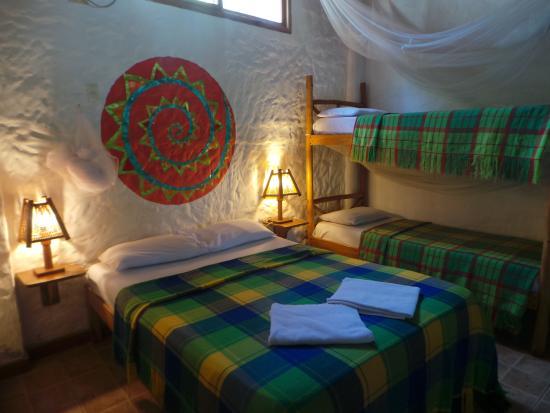 Rosa Mistica Hostal: Otra de nuestras habitaciones pensada para su descanso y comfort