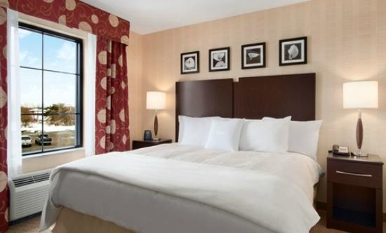 Homewood Suites by Hilton Newtown - Langhorne, PA: Comfortable Two-Room Suites with Complimentary WiFi