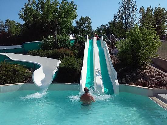 Vergt, Frankrike: Toboggans piscine camping 3* las Patrasses