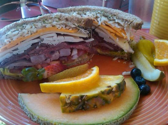 Colfax, Калифорния: Hills Flat Sandwich