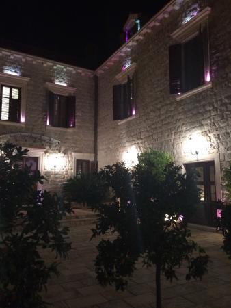 Dubrovnik Restaurant at Hotel Kazbek : photo0.jpg