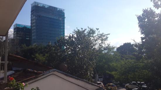 Tamarindo Inn : Vista de habitacion