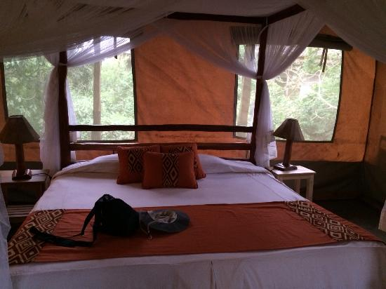 Oloshaiki Camp : Room with very comfy bed