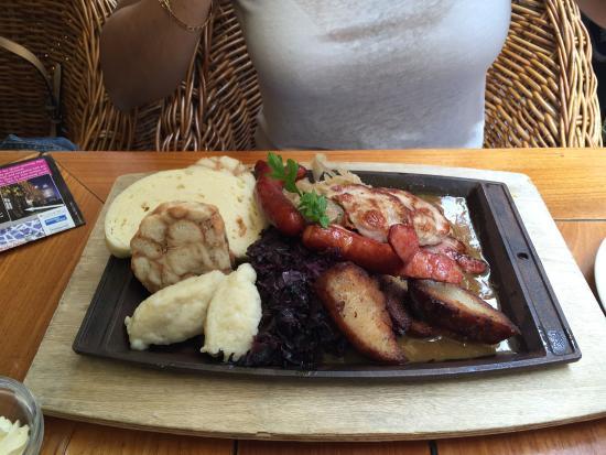 Restaurant U Zlateho Stromu: Carne