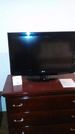 Quality Inn & Suites Houston: Flat screens in the rooms