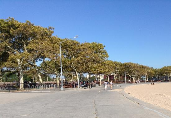Manhattan Beach Park