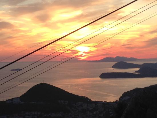 Apartments Zvrko: Sunset from the cable car in Dubrovnik