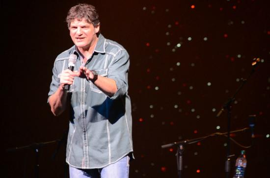 Paul Harris & The Cleverlys: Comedian Paul Harris at The Starlite Theatre