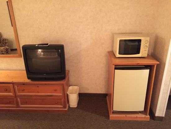 Hines, Oregón: TV, Fridge and Microwave