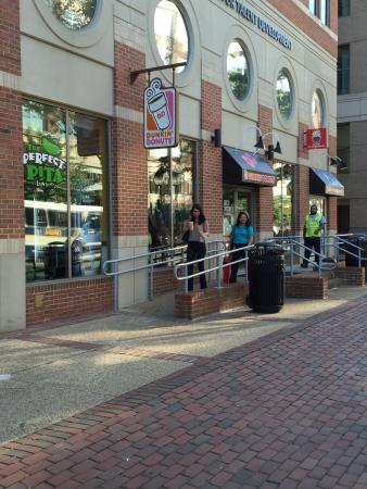 10 Restaurants Near Hampton Inn Alexandria Old Townking Street Metro