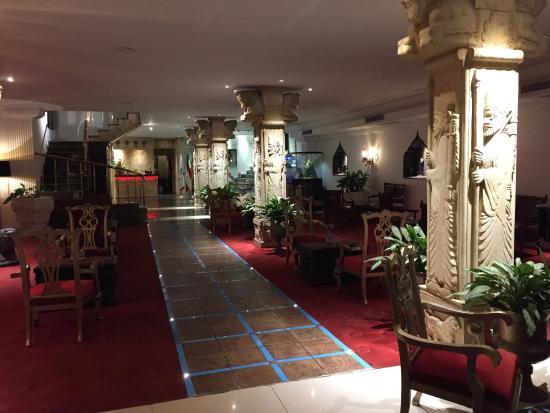 Taj Mahal AP Hotel