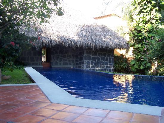Hotel Casa Don Francisco: hotel pool - plenty big enough for a small hotel