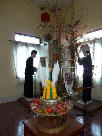 Museum of Phongsaly Ethnic Groups: inside museum 3