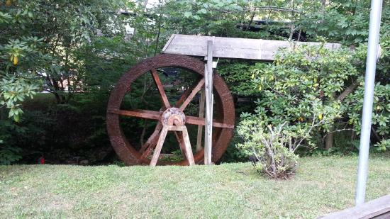 Twin Creek RV Resort: Water Wheel by front office,