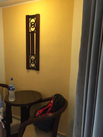 Hotel El Conquistador: It's just ok. Clean, economic and right on one of the most important streets in Merida, safe and