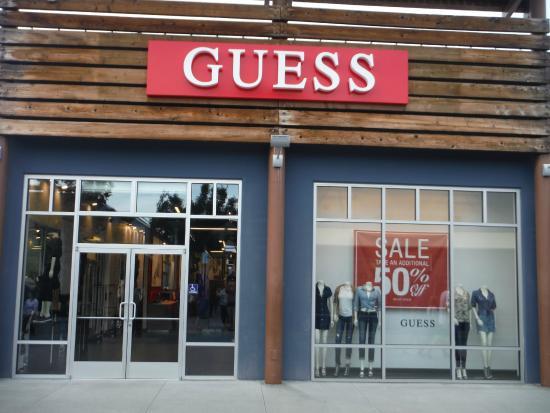 c5d7e8edec44 Guess. - Picture of Seattle Premium Outlets