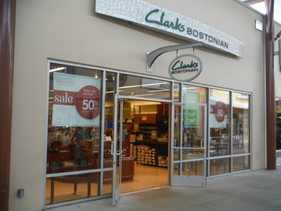 241358f26f3cae Clarks Bostonian - Picture of Seattle Premium Outlets