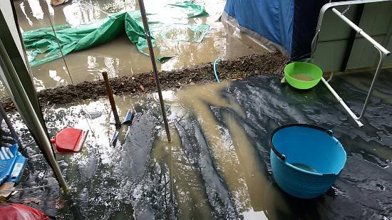 Camping Le Tamerici: Un semplice temporale e tutto il campeggio allagato