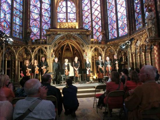 ปารีส, ฝรั่งเศส: コンサートに酔う。ヴィヴァルディの四季だった。