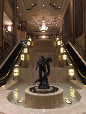 The Langham: The Foyer