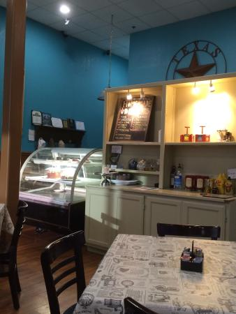 Sidewalk Cafe : Breakfast for dinner anytime!