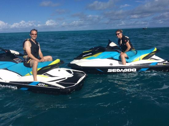 Somerset Bridge Watersports: Sitting on our jet skis near the wreck of The Vixen