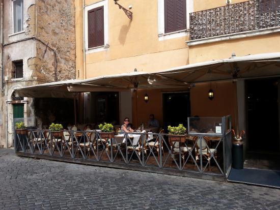 Front La Scala In Trastevere